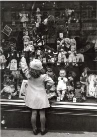 little girl at Macys